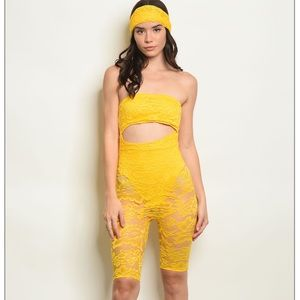 Yellow lace jumper + head scarf set 🌼